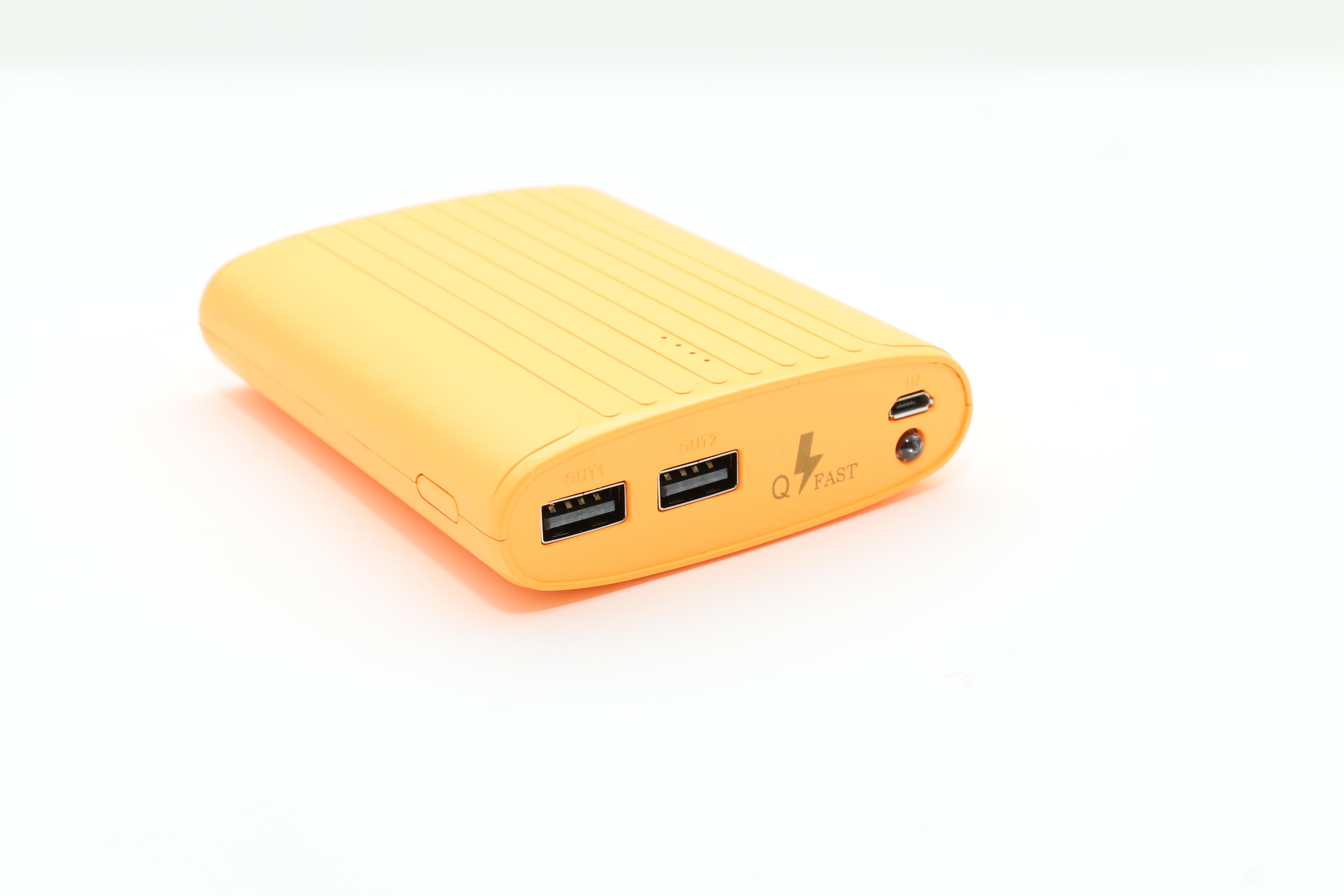 تكنو باور  بنك برتقالي   سعة 8800 مللي أمبير مع راوتر - واي فاي USB